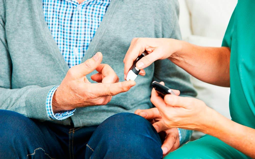 Patient diabétique Benjamin et sa vie avec l'insuline